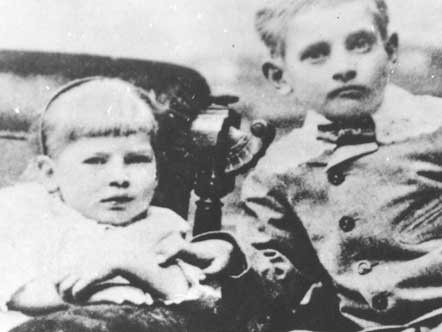 Mary and Jesse James Jr.