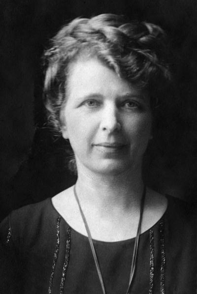 Edna Fischel Gellhorn.