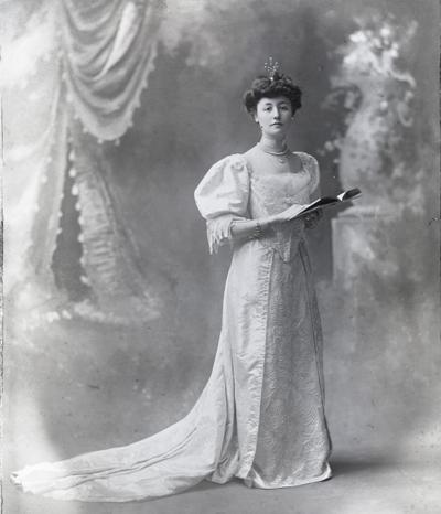 Lucy Wortham James wedding portrait
