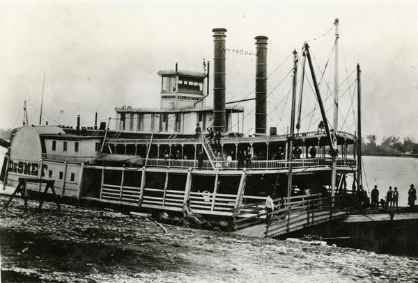 De Smet steamboat
